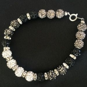 Dazzling Grey Scale Bracelet and Earring Set